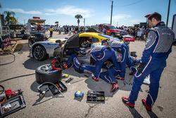 #93 SRT Motorsports SRT Viper GTS-R: Jonathan Bomarito, Tommy Kendall, Kuno Wittmer behind the wall