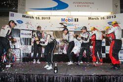 Scott Tucker, Marino Franchitti, Ryan Briscoe, Ryan Hunter-Reay, Simon Pagenaud, Tom Kimber-Smith, Christian Zugel, Eric Lux