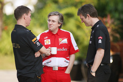 Alan Permane, Lotus F1 Team Trackside Operations Director with Pat Fry, Ferrari Deputy Technical Director and Head of Race Engineering and James Allison, Lotus F1 Team Technical Director