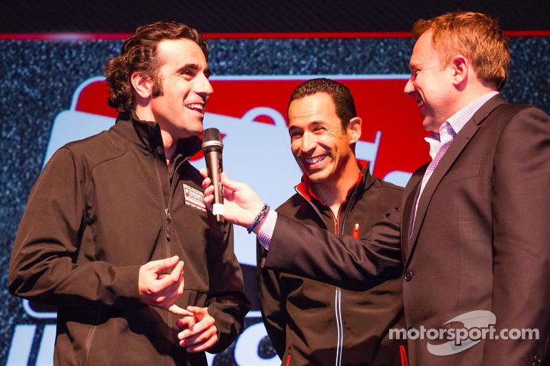 Drivers presentation: Dario Franchitti, Target Chip Ganassi Racing Honda and Helio Castroneves, Team Penske Chevrolet