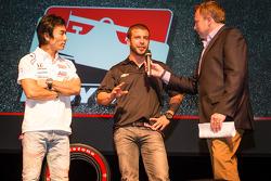 Drivers presentation: Takuma Sato, A.J. Foyt Enterprises Honda and EJ Viso, Team Venezuela / Andrett