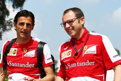 Pedro De La Rosa, Piloto de Desarrollo de Ferrari con Stefano Domenicali, Director General de Ferrari