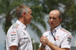 Martin Whitmarsh et Phil Prew (McLaren)