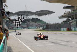 Fabio Leimer takes the win