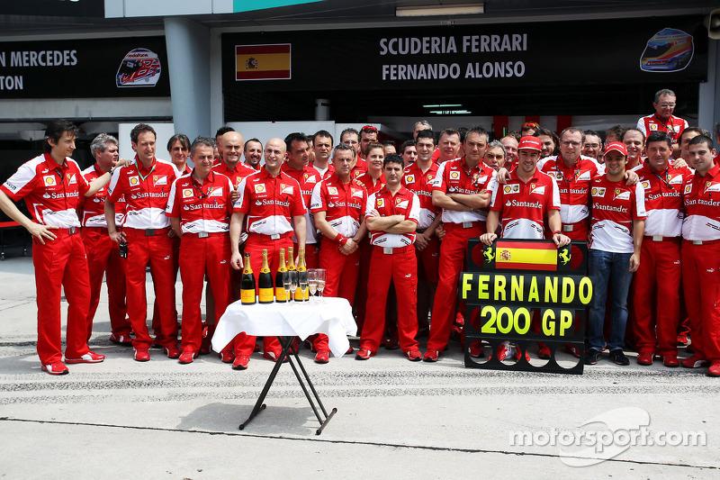 Fernando Alonso - 282 Grands Prix (nog actief)