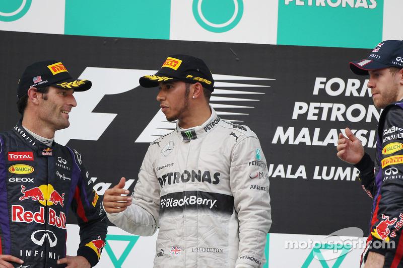 Марк Уэббер и Льюис Хэмилтон. ГП Малайзии, Воскресенье, после гонки.