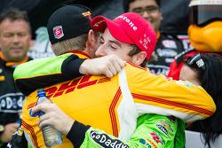 Victory circle: race winner James Hinchcliffe, Andretti Autosport Chevrolet celebrates with Ryan Hun