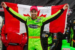 Victory circle: race winner James Hinchcliffe, Andretti Autosport Chevrolet celebrates