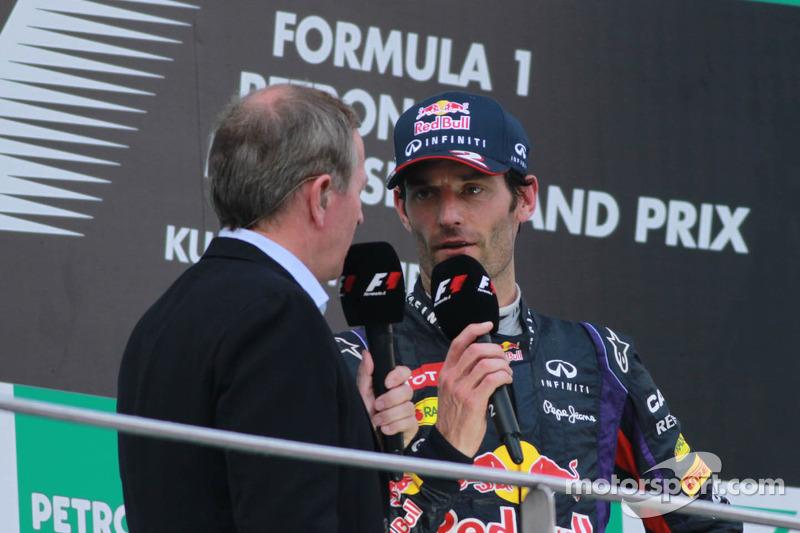 Podio: segundo lugar Mark Webber, Red Bull Racing