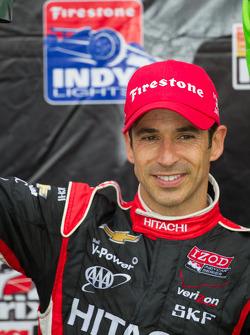 Pós-corrida: segundo colocado Helio Castroneves, Team Penske Chevrolet