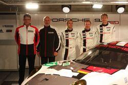 Йорг Бергмайстер, Тимо Бернхард и Патрик Пиле. Презентация Porsche 911 RSR, презентация.