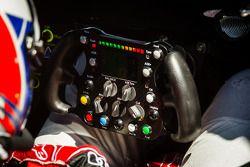 Marcel Fässler back nos pits após registrar a melhor volta