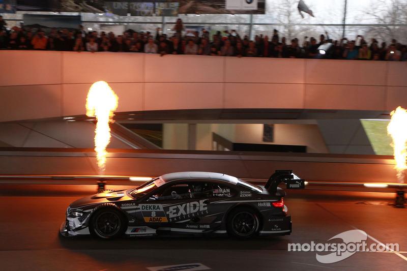 Джой Хенд. Презентация BMW, особое событие.