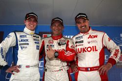 Gabriele Tarquini, Honda Civic, Honda Racing Team J.A.S. pole position, James Nash, Chevrolet Cruze