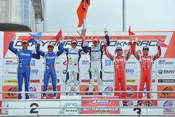 GT500 podium: winners Takuya Izawa, Takashi Kogure, second place Toshihiro Kaneishi, Koudai Tsukakoshi third place Masataka Yanagida, Ronnie Quintarelli