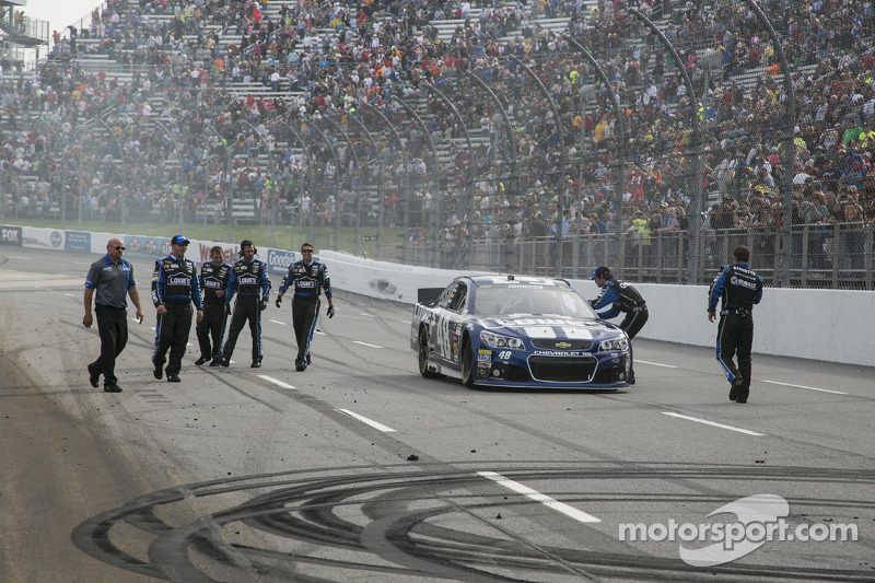 2013, Martinsville 1: Jimmie Johnson (Hendrick-Chevrolet)