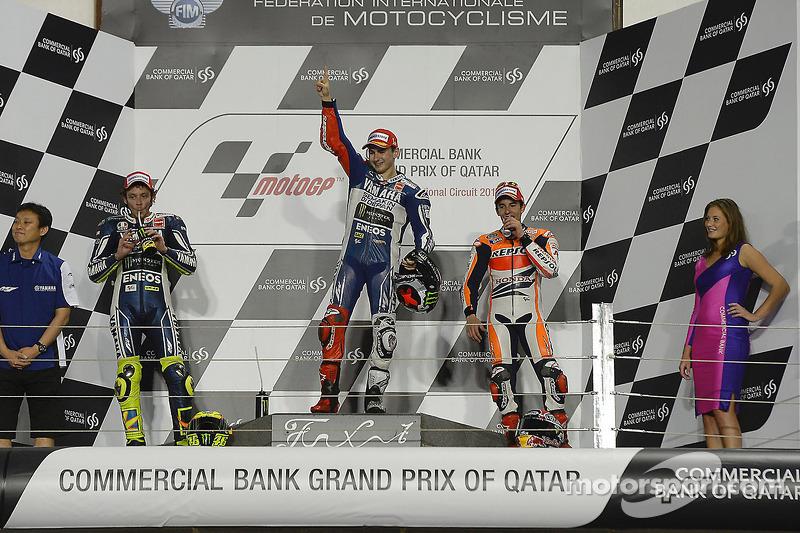 Podio: 1º Jorge Lorenzo, 2º Valentino Rossi, 3º Marc Márquez