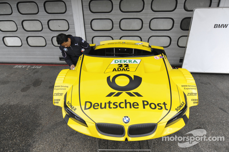 Timo Glock Bmw Team Mtek Bmw M3 Dtm Car Body Parts At Hockenheim Test