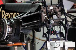 Detalle de la suspensión delantera del Lotus F1 E21