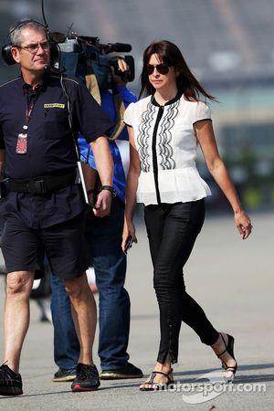 Suzi Perry, BBC F1