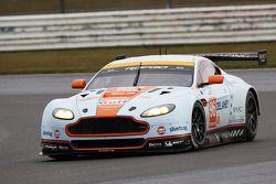 Roald Goethe, Stuart Hall, Jamie Campbell-Walter, Aston Martin Vantage V8