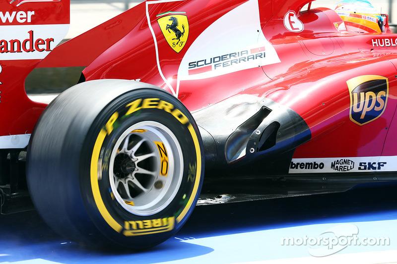 Fernando Alonso, Ferrari F138 exhaust