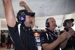 Red Bull Racing viert het resultaat