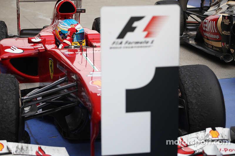 خلال سباق جائزة الصين الكبرى 2013، أحرز فرناندو ألونسو فوزه العاشر لصالح فيراري أمام بييرو فيراري وريث الشركة