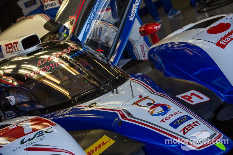 #7 Toyota Racing Toyota TS030-Hybrid