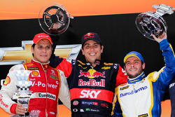 Race winner Caca Bueno, second place Valdeno Brito, third place Ricardo Mauricio