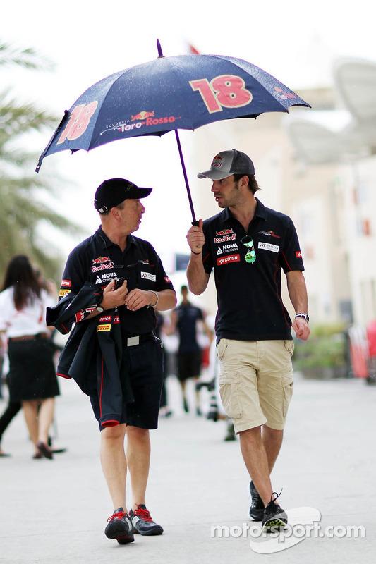 Jean-Eric Vergne, Scuderia Toro Rosso com o Eric Silbermann, Assessor de imprensa da Scuderia Toro R