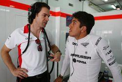 Marc Hynes, Marussia F1 Team Entrenador de piotos con Rodolfo Gonález, Marussia F1 Team piloto de r