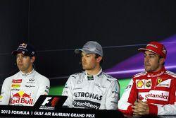 İlk üç qualifiers FIA basın toplantısı: Fernando Alonso, Ferrari, 3.; Nico Rosberg, Mercedes AMG F1,