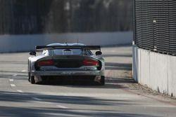 #91 SRT Motorsports SRT Viper GTS-R: Marc Goossens, Dominik Farnbacher