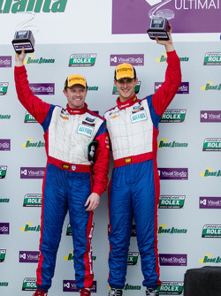 GT podium: Winnaars John Edwards en Robin Liddell