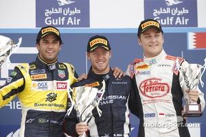 Podium: Second place Felipe Nasr, race winner Sam Bird, and third place Stefano Coletti