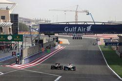 Romain Grosjean, Lotus F1 Team et Paul di Resta, Force India Formula One Team