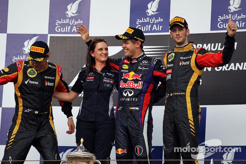 Podyum: Kimi Raikkonen, Lotus F1 Team, 2.; Sebastian Vettel, Red Bull Racing, Yarış galibi; Romain G