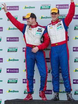 GT pódio: vencedoress John Edwards e Robin Liddell