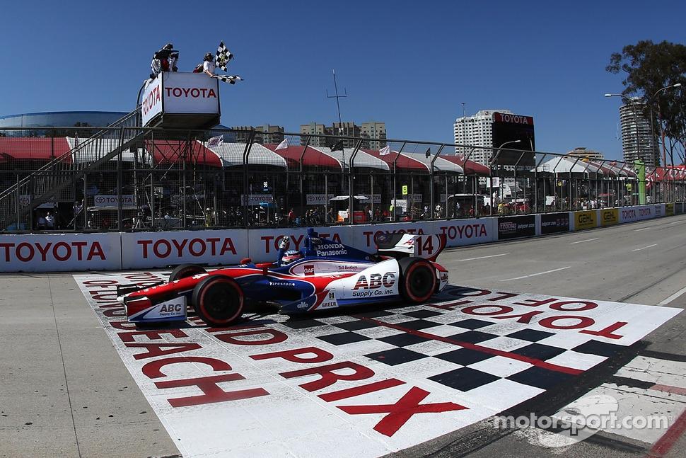 Takuma Sato, A.J. Foyt Enterprises Honda takes the win