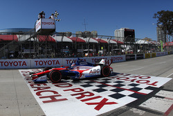 Takuma Sato, A.J. Foyt Enterprises Honda takes the win