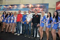 Coletiva em Bratislava, James Thompson Lada Granta, LADA Esporte Lukoil, Matej Homola BMW 320si, Hom