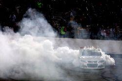 Race winner Kevin Harvick, Richard Childress Racing Chevrolet