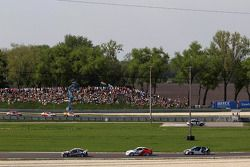 Tom Coronel, BMW E90 320 TC, ROAL Motorsport, Tom Chilton, Chevrolet Cruze 1.6 T, RML et Michel Nykjaer, Chevrolet Cruze 1.6T, Nika Racing