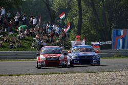 Mikhail Kozlovskiy, LADA Granta, LADA Sport Lukoil and Fredy Barth, BMW E90 320 TC, Wiechers-Sport