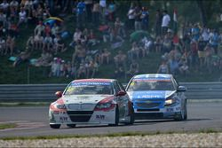 Mehdi Bennani, BMW E90 320 TC, Proteam Racing and Alex MacDowall, Chevrolet Cruze 1.6T, bamboo-engin