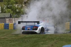 Batida para o #82 Team Saintéloc Racing Audi R8 LMS Ultra: Jean-Marc Quintois, Mathieu Jaminet
