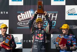 Podium: racewinnaar Craig Lowndes, Red Bull Holden, 2e plaats Jamie Whincup, Red Bull Holden, 3e pla