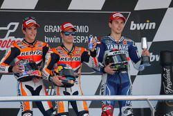 Podium: Sieger Dani Pedrosa mit Marc Marquez und Jorge Lorenzo
