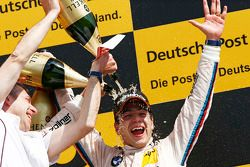 Winnaar Augusto Farfus, BMW Team RBM BMW M3 DTM